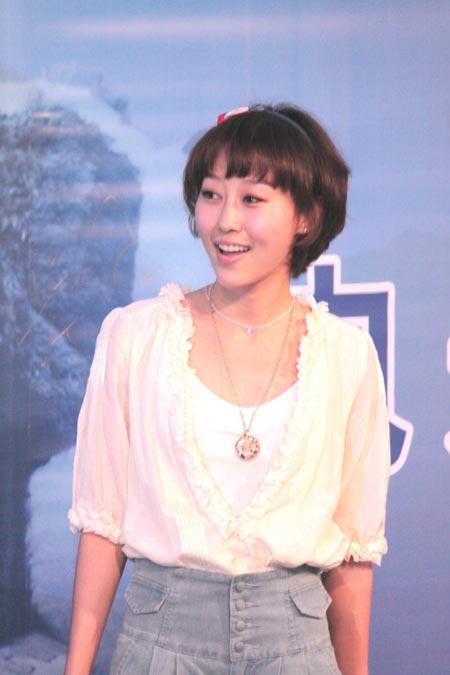 《歌舞青春》女主角马梓涵温婉可爱