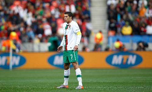 图文:科特迪瓦VS葡萄牙 罗纳尔多主罚任意球