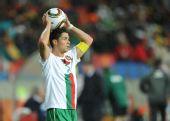 图文:科特迪瓦VS葡萄牙 C罗掷边线球