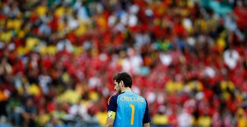 图文:小组赛西班牙VS瑞士 队长卡西利亚斯