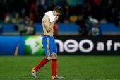 图文:瑞士1-0爆冷击败西班牙 托雷斯离开球场