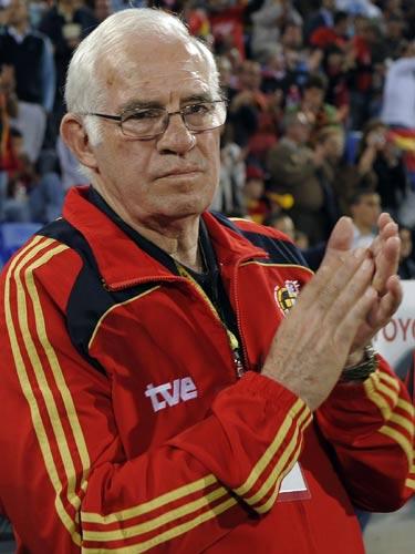 阿拉贡内斯,西班牙著名主帅,86年世界杯冠军成员,现皇马俱乐部体育总监,世界杯期间为搜狐独家撰写专栏