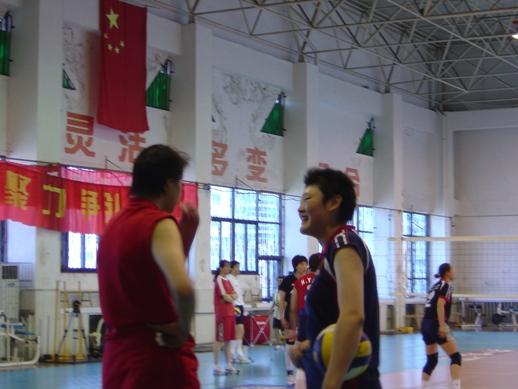 2004雅典奥运会前 王一梅随女排训练
