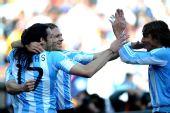 图文:阿根廷4-1大胜韩国 阿根廷球员庆祝进球