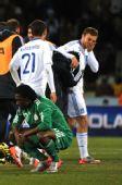 图文:希腊2-1尼日利亚 埃图胡神情沮丧