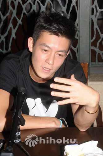 陈冠希宣布10月复出
