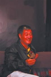 当主席了,赵本山自嘲说,这是自己当的最大的官