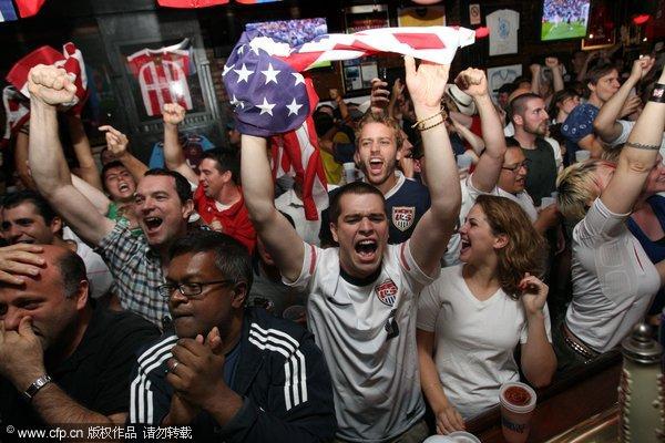 纽约球迷欢呼起来