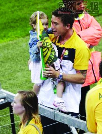 世界杯父亲节:老马翁婿搭档 阿圭罗变超级奶爸