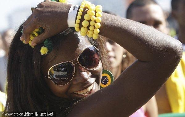 巴西球迷庆祝胜利