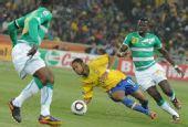 图文:巴西3-1战胜科特迪瓦 罗比尼奥驾轻就熟