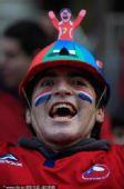 幻灯:智利1-0战胜瑞士 翻版马拉多纳本土狂欢