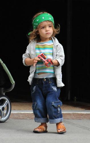 可爱Baby:马修-麦康纳大儿子