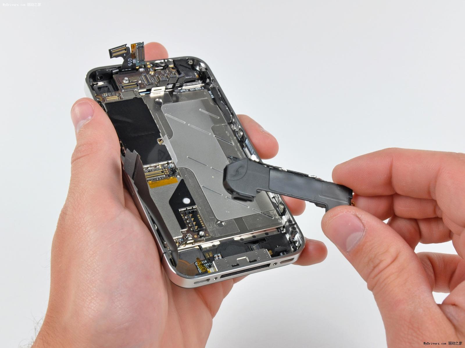 苹果 iphone4/取下该模块。