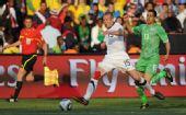 幻灯:美国VS阿尔及利亚 德梅里特快速突破进攻