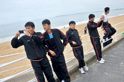 朝鲜队员拍照