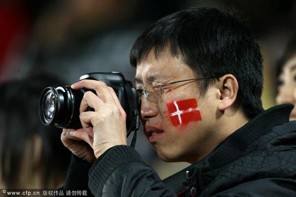 东方面孔支持丹麦