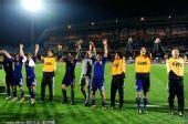 幻灯:日本3-1丹麦全场精选 队员赛后激情庆祝