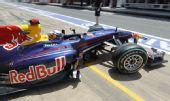 图文:F1欧洲站第二次练习 维特尔驶上赛道