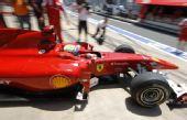 图文:F1欧洲站第二次练习 马萨驶上赛道