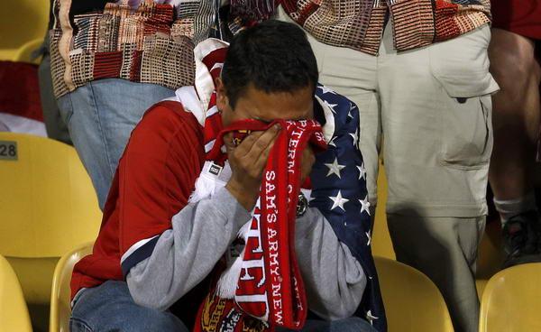 加纳vs美国历史_幻灯:遗憾出局美国球迷哭泣 清纯美女表情失落-搜狐体育