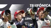 图文:2010年F1欧洲站正赛 领奖台壮观一幕