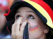 幻灯:两国球迷德国观战 英德球迷上演大悲大喜