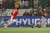 图文:巴拉圭队晋级八强 卡多索射入点球定乾坤