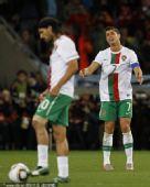 幻灯:比利亚破门葡萄牙队员失望 C罗欲哭无泪