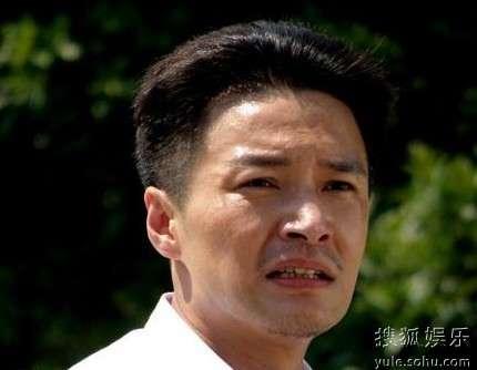 郑国霖饰演的导弹之父邓稼先