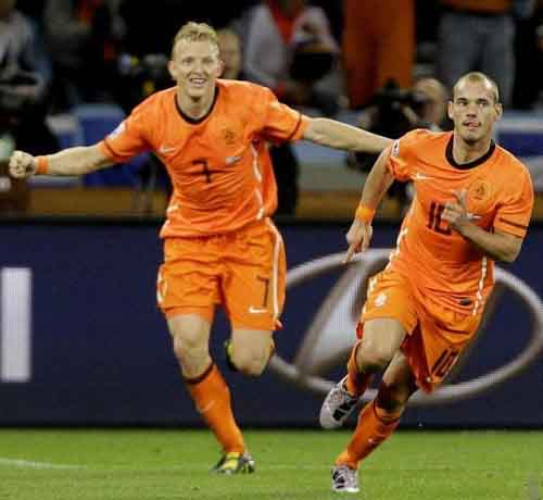 斯内德将荷兰送进决赛