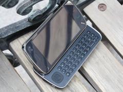 S60侧滑全键盘 诺基亚N97价格不到2300