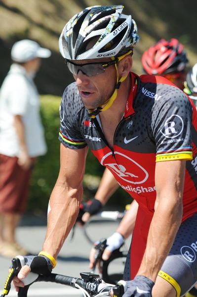 图文:2010环法第五赛段 阿姆斯特朗名列第18