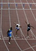 图文:钻石联赛洛桑站 110米栏罗伯斯第6道夺冠