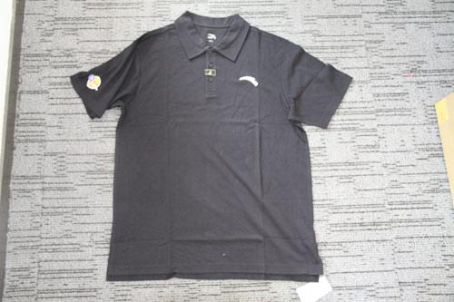 图文:安踏精美礼品展示 安踏CUBA纪念T恤