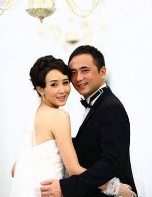 胡静与老公朱兆祥的婚礼花了3000多万。