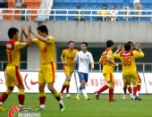 图文:[中超]陕西VS上海 陕西队员庆祝