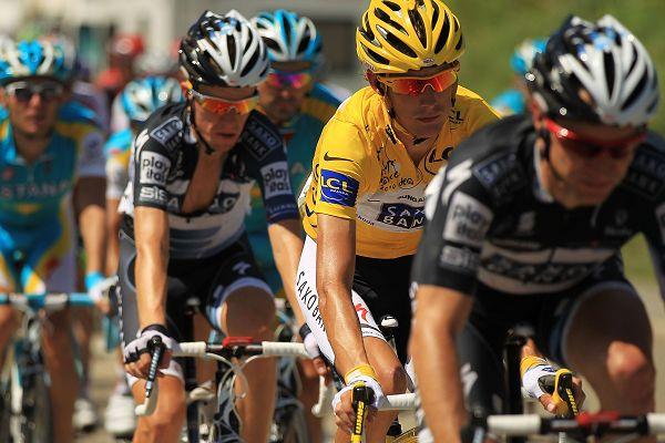 图文:环法第10赛段图集 自行车手不紧不慢
