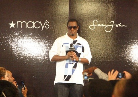 "Sean ""Diddy"" Combs(吹牛老爹)"