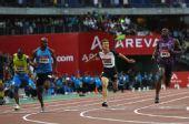 图文:巴黎站男子100米 各位选手冲刺瞬间