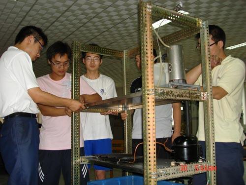 用热水机做过程控制实验装置