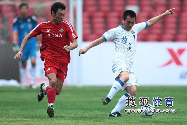 梦舟VS香港明星足球赛 双方险酿群殴事件