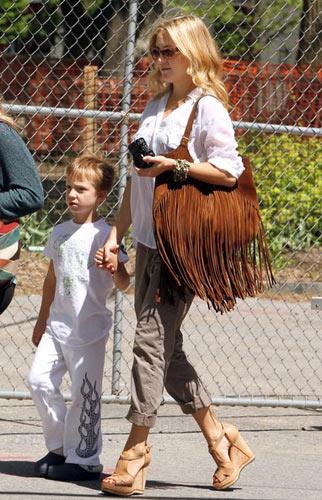 她们的大爱潮袋:凯特-哈德森――2