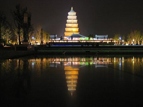 图文:2010环中国自行车赛 陕西著名古刹法门寺