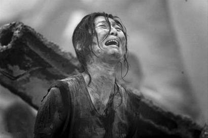 徐帆在《唐山大地震》演的出彩