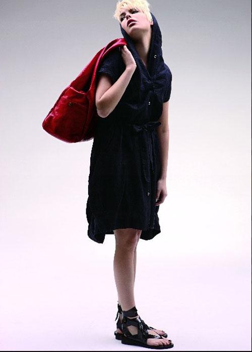 网友最喜爱深圳女装品牌――卡汶