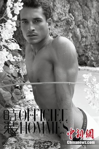 超级男模全裸上身性感拍大片 炎夏送别样清凉