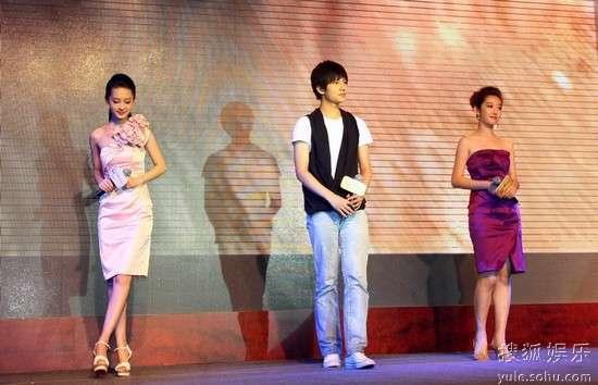 蒋梦婕和李少红_李少红揭新《红》幕后:选出宝黛钗没那么容易-搜狐娱乐