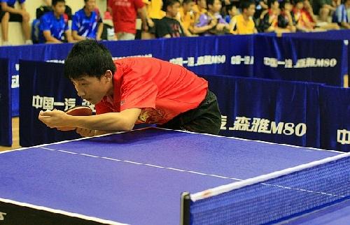 全国中学生乒乓球锦标赛 颇具专业风范[精英乒