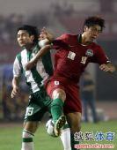 图文:[中超]河南1-0杭州 汪嵩和王寿挺